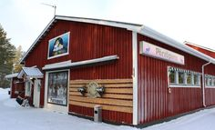 """Pörröporo – """"Furry Reindeer"""" – reindeer meat and gastronomy shop at the Arctic Circle in Pello in Lapland - Travel Pello - Lapland, Finland Reindeer Meat, Lapland Finland, Arctic Circle, Shed, Outdoor Structures, Places, Travel, Lean To Shed, Viajes"""