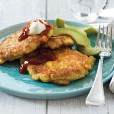 Corn fritters | New World Corn Fritter Recipes, Cream Style Corn, Bacon On The Grill, Fresh Tomato Salsa, Sweet Chilli Sauce, Corn Fritters, Meals For The Week, Cooking Time, Weekly Recipes