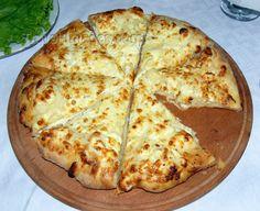 Imeruli Khachapuri (another version of Georgian cheese bread) Georgian Cuisine, Georgian Food, Georgian Recipes, Quiche, Diet Recipes, Cooking Recipes, Leftover Mashed Potatoes, Pizza, Cheese Bread
