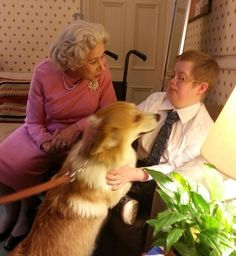 Helen Mirren invited Oliver who is terminally ill and mum Catherine backstage where she introduced him to her corgis