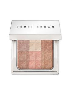 """Get a Flawless Finish: 14 Products for Perfecting the """"No Makeup"""" Look 