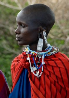 Maasai fashion! The Maasai people of East Africa live in southern Kenya and northern Tanzania along the Great Rift Valley on semi-arid and arid lands. The Maasai occupy a total land area of 160,000 square kilometers with a population of approximately one half million people.