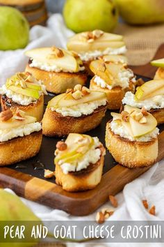 Pear and goat cheese crostini are an easy appetizer ready in 20 minutes! Crispy bread is topped with cheese layer, slices of pear, crushed nuts & drizzled with honey. appetizers with wine Pear and Goat Cheese Crostini Recipe - Appetizer Addiction Fingerfood Recipes, Tapas Recipes, Cheese Recipes, Gluten Free Puff Pastry, Snacks Sains, Antipasto, Appetizers For Party, Appetizers With Goat Cheese, Appetizer Dishes