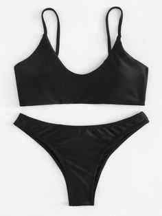 Shop Scoop Neck Top With Drawstring Bow Tie Bikini Set online. SHEIN offers Scoop Neck Top With Drawstring Bow Tie Bikini Set & more to fit your fashionable needs. Cute Swimsuits, Cute Bikinis, Women Swimsuits, 30 Outfits, Bikini Outfits, Fashion Outfits, Stylish Outfits, Fashion Ideas, Gucci