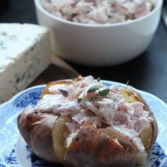 Kitchen Time, Potato Recipes, Fresh Rolls, Baked Potato, Food And Drink, Potatoes, Dinner, Baking, Ethnic Recipes