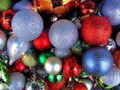 A Crowd of Christmas Ornaments! | #christmas #xmas #holiday #decorating #decor