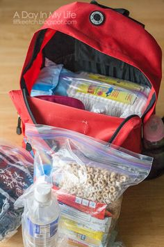"baby 72 hour kit ( I usually think most ""b.b's"" i see are highly ineffective, packed w/ useless things that aren't ESSENTIAL, but I never considered an emergency baby pack) Emergency Preparedness Food Storage, Emergency Preparation, Disaster Preparedness, Emergency Planning, Disaster Kits, In Case Of Emergency, Emergency Kits, Survival Kits, Family Emergency"