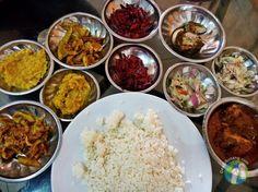 Talking about Food in Sri Lanka Le Sri Lanka, Rue, Food Pictures, Street Food, Voici, Restaurants, Foods, Travel, Food Food