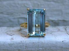 Beautiful Vintage 18K Yellow Gold Aquamarine Ring - 7.00ct.                         – Gold Adore