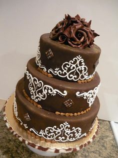 Learn Cake Piping Techniques in this online Cake Decorating Class Dark Chocolate Cakes, Homemade Chocolate, Melting Chocolate, Chocolate Roses, Beautiful Cakes, Amazing Cakes, Cake Piping Techniques, Cake Decorating Classes, Decorating Ideas