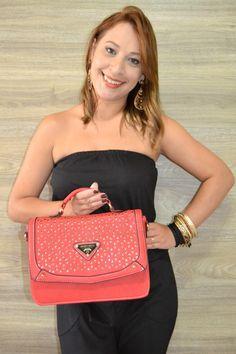 Lindas bolsas da Linha Pérola por apenas 50 reais no atacado (10peças variadas) em nosso site! Acesse www.atacadodebolsasonline.com.br #modafeminina #bolsas #bolsaseacessorios #look #fashion