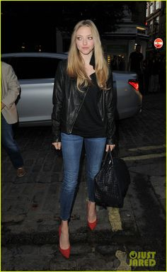 Amanda Seyfried: More Films Should Discuss Sexual Issues: Photo Amanda Seyfried leaves the Capitol Radio studios after doing some promo work for her film Lovelace on Tuesday (August in London, England. Amanda Seyfried, Denim Pants Outfit, Karen Smith, Celebrity Pictures, Celebrity Style, Winter Outfits, Casual Outfits, Celebs, Celebrities
