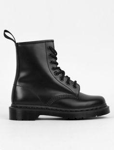 Dr. Martens   Mono Boot Black