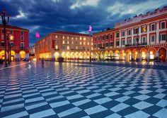 Les 5 plus belles places de France - Place Masséna Nice