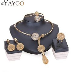 AGM Fashion Women's Necklace H