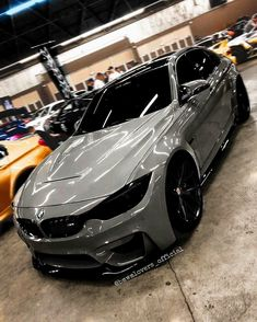 silver colour hot bmw m sports car hd images Luxury Sports Cars, New Luxury Cars, Cool Sports Cars, Sport Cars, Bmw E30, Audi Autos, Bmw Wallpapers, Lux Cars, Custom Cars