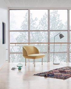 Muuto's yellow OSLO chair in a beautiful setup by Finnish interior stylist for Asun Magazine Scandinavian Living, Scandinavian Design, Living Room Inspiration, Home Decor Inspiration, Oslo, Interior Decorating, Interior Design, Interior Stylist, Living Styles