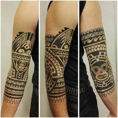 Healed, 6 months old, :) Body Art Tattoos, Tatoos, Maori Tattoo Designs, Maori Tattoos, Geometric Tattoo Design, Geometric Tattoos, Retro Rocket, Different Tattoos, Tattoos Gallery