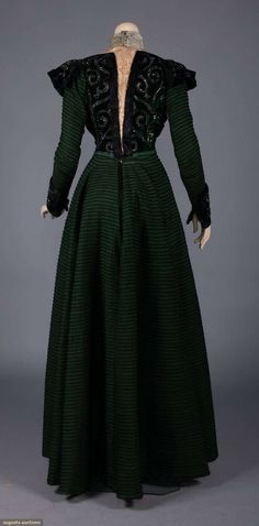 Beaded/velvet 2 piece w/ jacket, 1897 Augusta auctions 1890s Fashion, Medieval Fashion, Edwardian Fashion, Vintage Fashion, Retro Fashion, Old Dresses, Nice Dresses, Vintage Gowns, Vintage Outfits