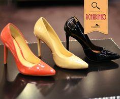 Os scarpins da Corello são nosso achadinho de hoje. Super clássicos e em cores lindíssimas, eles adicionam glamour em qualquer produção!