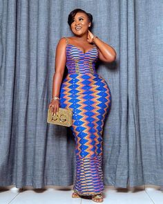 fashionafricana: Kente is beautiful! Who agrees with me? The colour mix in this fabic is just so satifying😍 Fabric: Kente outfit designed by Photo courtesy African Fashion Designers, Latest African Fashion Dresses, African Print Fashion, Africa Fashion, African Wear, African Attire, African Dress, African Clothes, African Style