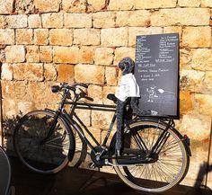 """E lucevan le stelle"" Wine Bar and Bistro. Our mascotte, Conga. (credits #LocandaSanFrancesco #Montepulciano #Tuscany + www.locandasanfrancesco.it)"