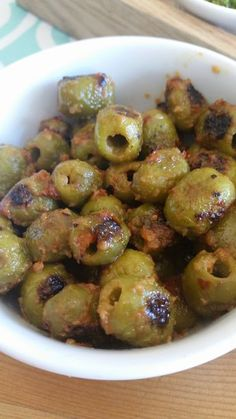 Fire roasted olives-Oh man I love this recipe! And you guys are going to too! First, it's the easiest thing ever! Second, it's the yummiest snack, salad topping, or Bruschetta Bar accompaniment. Finger Food Appetizers, Yummy Appetizers, Appetizers For Party, Yummy Snacks, Appetizer Recipes, Yummy Food, Tasty, Easiest Appetizers, Appetizer Salads