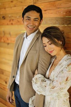 Kryz Uy and Slater Young Look So In-Love in Their Chill Engagement Shoot! Prenup Theme, Prenup Outfit, Engagement Pictures, Engagement Shoots, Prenup Photos Ideas, Prenuptial Photoshoot, Pre Wedding Photoshoot, Photoshoot Ideas