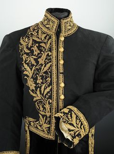 haute couture fashion Archives - Best Fashion Tips Historical Costume, Historical Clothing, Kaftan, Military Fashion, Mens Fashion, Vintage Outfits, Vintage Fashion, Mode Chanel, Renaissance Fashion