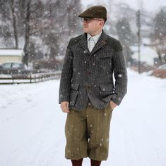 """207 Likes, 9 Comments - Well Dressed Dad (@welldresseddad) on Instagram: """"Day two of «Country style» week features the traditional tweed look with plus fours, knee high wool…"""""""