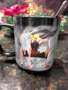 T.T HEAT REACTIVE MUG. WHY DON'T I HAVE THIS IN MY LIFE.
