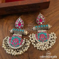 Pure Silver Earrings ~ South India Jewels - New Ideas Indian Jewelry Earrings, Indian Jewelry Sets, Silver Jewellery Indian, Jewelry Design Earrings, Gold Earrings Designs, Silver Earrings, Silver Jewelry, Antique Jewellery Designs, Fancy Jewellery