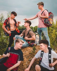 Just out here exploring the wilderness 🌲 Roadtrip Boyband, Brooklyn Wyatt, Band Wallpapers, Band Pictures, Perfect Boy, Boyfriend Goals, Cute Gay, Guys And Girls, Hot Boys