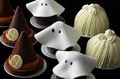 ハロウィンモチーフのキュートなケーキ!  (左から「魔女の帽子」「ファントム」「かぼちゃ風味のマロンシャンティイ」)