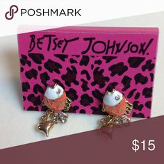 Betsey Johnson fish earrings Betsey Johnson Fish earrings - pierced    Measuring 1 in height x 1/2 in width - goldtone with orange, white, and crystal in the fish Betsey Johnson Jewelry Earrings