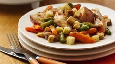 Hot and hearty! Put a spin on traditional chicken pot pie by using stuffing cubes and by preparing it in the slow cooker.