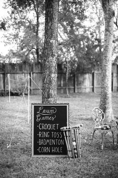 Would be so fun for a park wedding! *