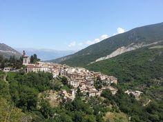 Verhalen over onontdekte juweeltjes in de natuur, cultuur en geschiedenis van de mooiste regio van Italië.