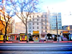 P-Town aka Food Cart Heaven. Downtown Portland, Portland Oregon, Portland Food Carts, Oregon Washington, Oregon Coast, A Funny, Places To Visit, To Go, Urban Design