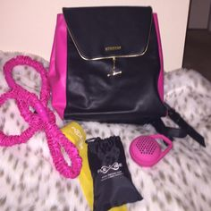 Juicy Couture Bags - Adorable Juicy Couture backpack. ❤️🎀🎉🎈