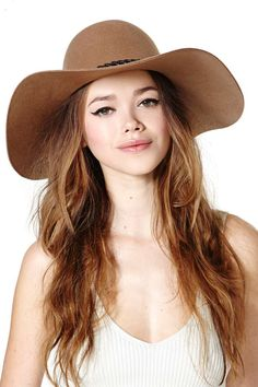 Brixton Gia Hat, NastyGal