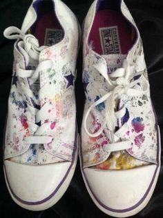 808da888d82c26 Converse Women 5 Low Top Sneakers One Star Juniors White Foil Paint Splatter   Converse