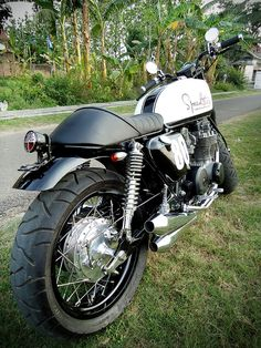 Kintoko's Ex-Police CB650 | the Bike Shed