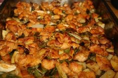 Tepsis csirkemell új krumplival,zöldhagymával Meat Recipes, Cooking Recipes, Kung Pao Chicken, Sprouts, Shrimp, Food And Drink, Vegetables, Ethnic Recipes, Chef Recipes