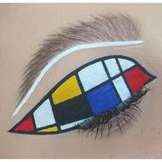Are you loving this geometric piece by Katina created this look with the help of ❤️❤️❤️ Best Makeup Artist, Eye Makeup Art, Blue Makeup, Makeup Inspo, Makeup Ideas, Makeup Challenges, New Cosmetics, Gel Liner, Cruelty Free Makeup
