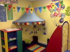 I like the set up of this reading corner! It's colorful and cute without being overwhelming and cluttered. Reading Corner Classroom, Classroom Layout, New Classroom, Classroom Setting, Classroom Design, Classroom Displays, Classroom Themes, Reading Nook, Kindergarten Reading Corner
