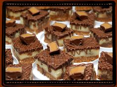 Rolo Cheesecake Bars - 19 Cheesecake recipes you can't resist! Rolo Cheesecake, Cheesecake Recipes, Dessert Recipes, Cookbook Recipes, Bar Recipes, Cheesecake Crust, Chocolate Cheesecake, Just Desserts, Delicious Desserts