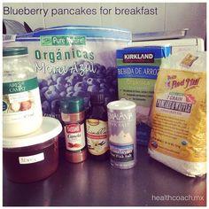 El # desayuno de hoy... Hot cakes de #blueberry  // #blueberrypancakes for #breakfast // #yummy #cleaneating #delicious #delicioso #vacaciones #healthy #pancakes #hotcakes