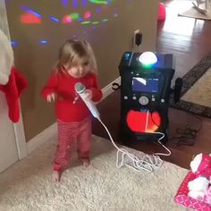 What do you do on a Weekend afternoon? Cute Funny Baby Videos, Funny Baby Memes, Cute Funny Babies, Funny Videos For Kids, Funny Short Videos, Funny Video Memes, Crazy Funny Memes, Really Funny Memes, Haha Funny