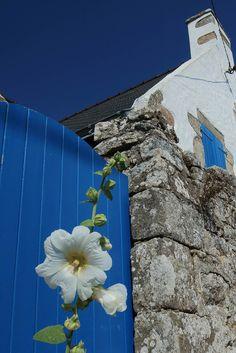 Bleu et Blanc. Golfe du Morbihan. Image Bleu, Photo Bretagne, Region Bretagne, French Country Style, Belle Photo, Brittany, Beautiful Images, Improve Yourself, Travel
